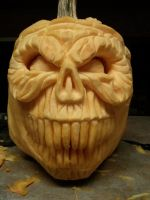 pumpkin skull by randomsculptor