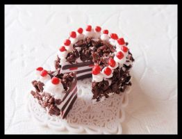 Black Forest Cherry Cake by Shiritsu