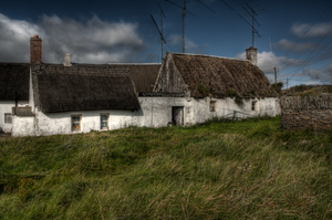 Thatched Irish Cottage by suolasPhotography