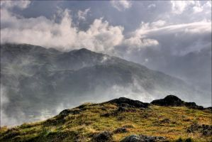 Cloudy Mountains by scotto
