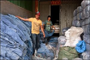 Poipet garment workers 5 by watto58