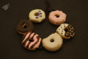 Donut Bracelet by The-Erin-show