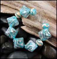 Buffalo Moon - Lampwork Bead Set by andromeda