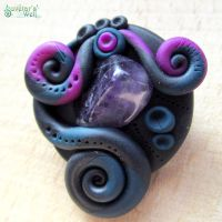 Brooch black blue violet - with amethyst by SuvetarsWell