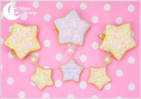 Eat me Brooch and hair clip by CuteMoonbunny