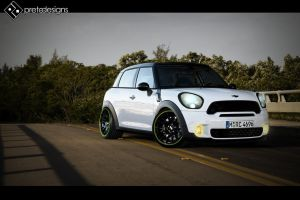 Mini Countryman by blackboxdesign