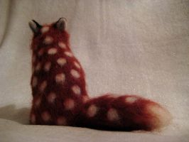 Needle felted Polka Fox 2 by earfox