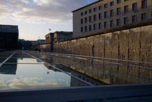 Berlin wall 2010 by CathexisDk