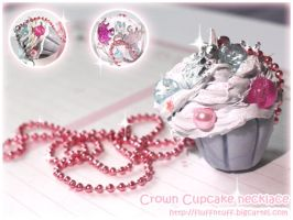 Crown Cupcake Necklace by Fluffntuff
