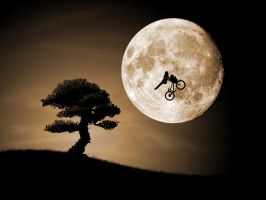 E.T. go home with mtb by johnmaneca