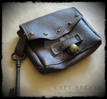 Simple Pouch by arkaya