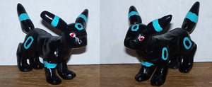Umbreon Sculpture by StarFirefly26