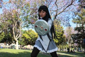 Ready to Fight - Homura Akemi by Cresselivoir
