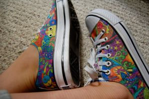 Sharpie Shoes. by allie-0-cat