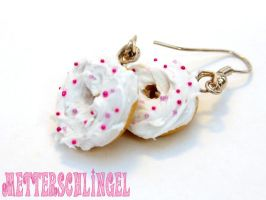White Donut Earrings by Metterschlingel