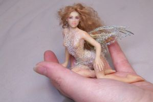 Linnet tiny fairy by AmandaKathryn