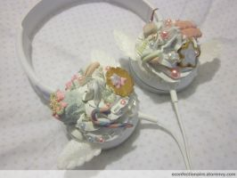 Pastel Winged Headphones of Cuteness by KudTheUntitled