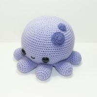 Chubby Octopus by Heartstringcrochet