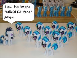 But I'm the Official DJ-Pon3... by OtakuSquirrel