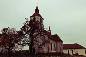 Canon 5D - A church by MilanVopalensky