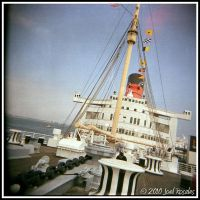 Queen Mary 9 by xjoelywoelyx