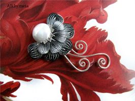 Chrome Flower by Alkhymeia