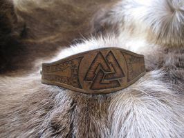 Grey Runic Valknut Bracelet by TheScreamingNorth
