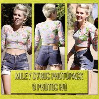 +Miley Cyrus Photopack. by FlyWithMeBieber