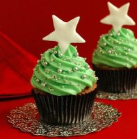 Oh Frosting tree... by christmas-cupcakes