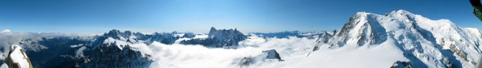 Aiguille du Midi Panorama 2 by UkoDragon