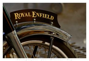 Royal Enfield - 001 by laurentroy