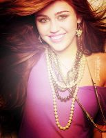 Miley by somebodytolovejb