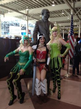 NYCC 2012 - Amora the Enchantress (x2 + a Sif) by killingarkady