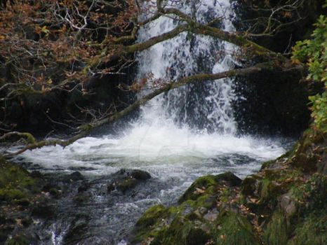 zoomed in waterfall by lynclifton