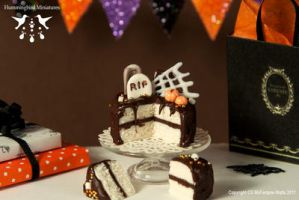 Miniature Rich Chocolate Halloween by CaroMcFW