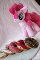 Pinkie Pie Like Donuts 01 by Masha05