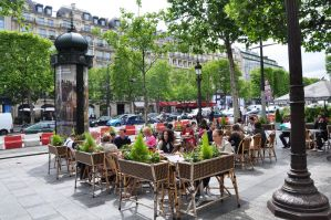 Cafe on Champs Elysees by Rikitza