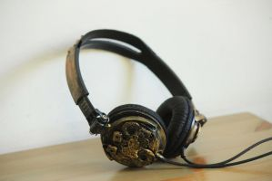 steampunk headphones by Hot-cocoaX3