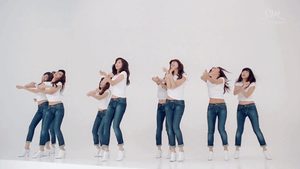 [GIF] SNSD - Dancing Queen MV by imawesomeee03