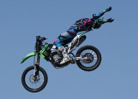 Motocross Stunts a6 by Araluen-Ekala