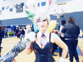 Riven - League of Legends - Bunny Battle - Cosplay by BeelzeXhan