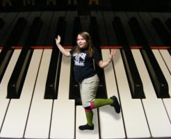Musical Dance - On the keys by Lilrxox