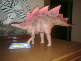 Stegosaurus Papercraft by CalleStar