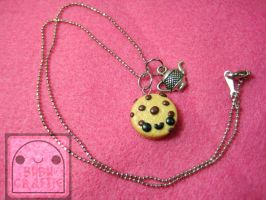 Little Chocolate Chip Cookie Necklace by efeeha