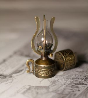 Steampunk Kerosene Lamp by AlladdinSE