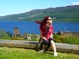The monster from Loch Ness by tere-fere-qq