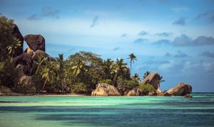 La Digue mon amour by fly10