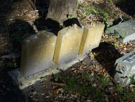 Childs Grave Stone 2 by seiyastock