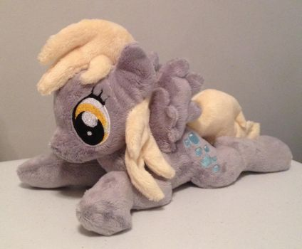 Derpy 3 view 2 by ArtisanAlley