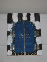 Tunisian Door Picture Frame by nightshade-keyblade